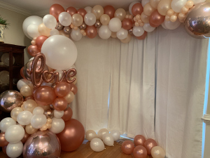 Lots of Rose Gold & foil balloons!