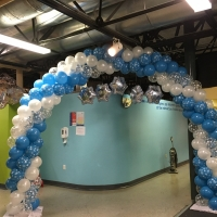 Winter theme large inside balloon arch