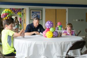 Balloon decorating - balloon table decorations