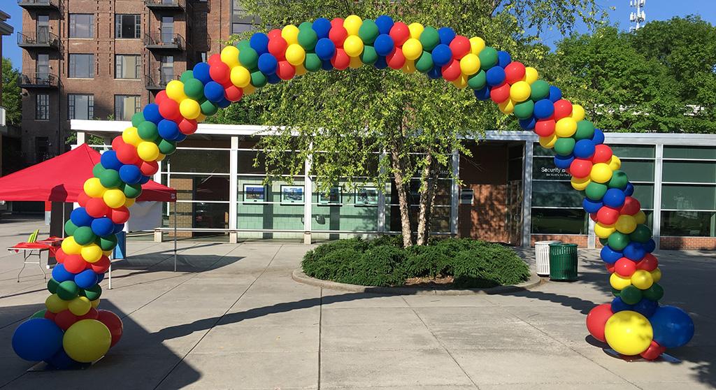 growing boutique balloon decor business