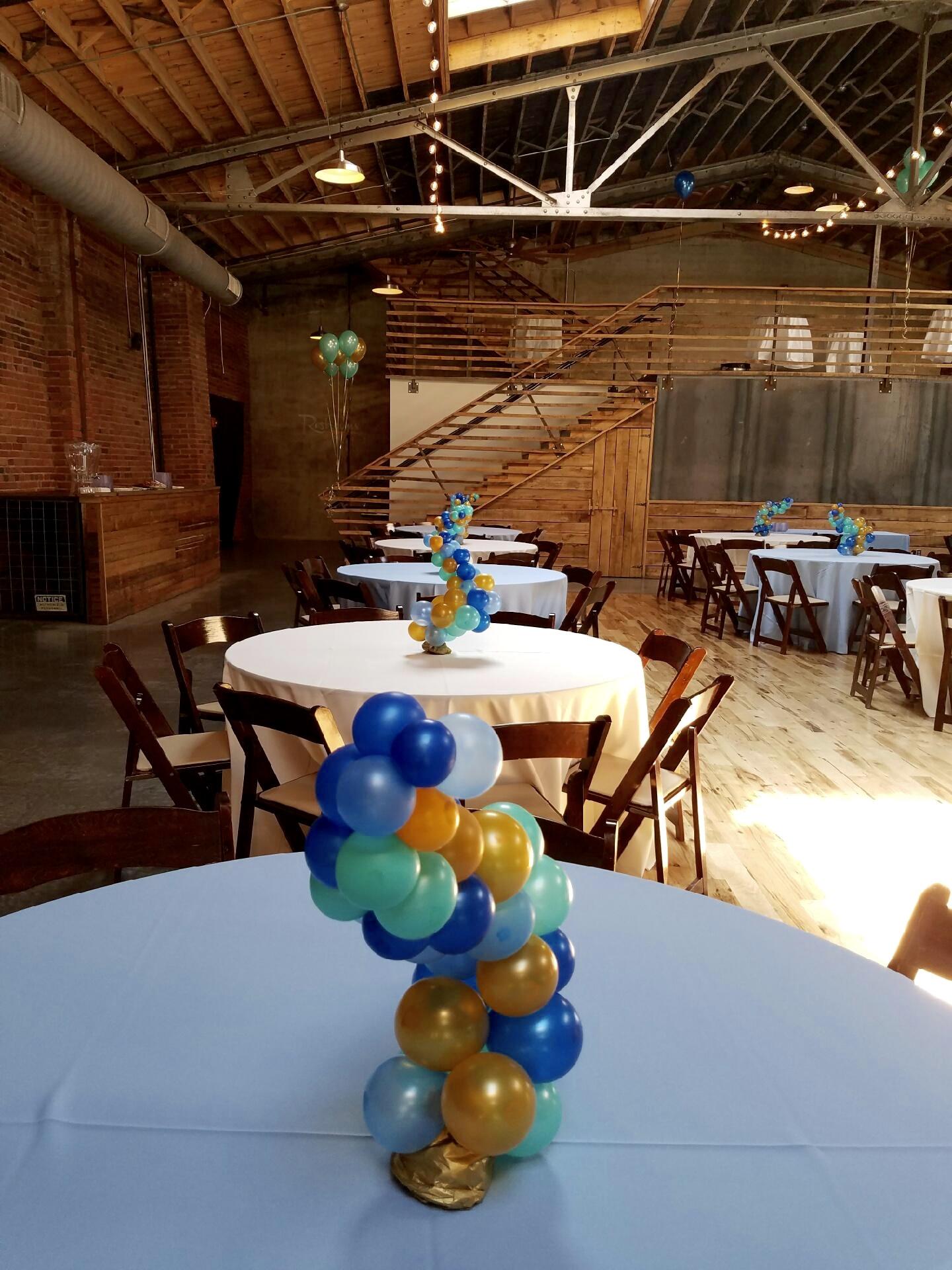sapphire blue, azure, mint, balloon centerpiece